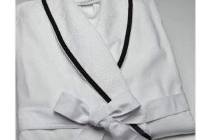 Customer-Cotton-White-Hotel-Bath-Robe-JRD386-