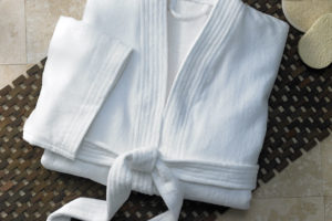 Luxury-Wholesale-Women-and-Men-Kimono-Collar