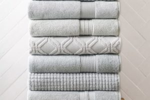 chevron-sculpted-towels-c