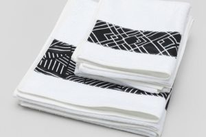 his-and-hers-bath-towels-696099_l