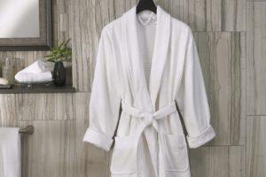 ritz-carlton-terry-bathrobe-luxurybathrobes1018